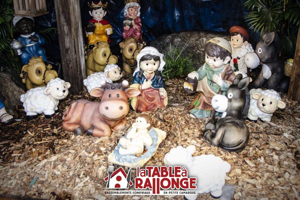 Les dîners spectacle de Noel se preparent à LA TABLE A RALLONGE , l'auberge festive de Camargue