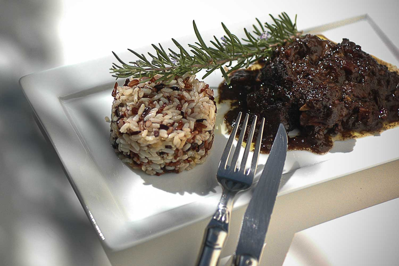 Table d'Hôtes du Lundi à la TABLE à RALLONGE. Auberge gourmande à Saint-Laurent d'Aigouze en Camargue